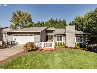 Beaverton Single Family Home For Sale: 7388 SW Bayberry Dr