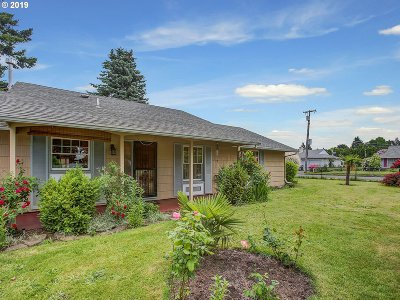 Portland Single Family Home For Sale: 4014 NE 134th Ave
