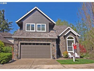 Portland Single Family Home For Sale: 9583 NW Randall Ln