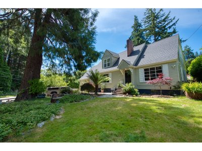 Coos Bay Single Family Home For Sale: 1373 Cedar Ave