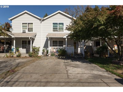 Portland Single Family Home For Sale: 707 NE Church St