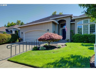 Portland Single Family Home For Sale: 4296 NW Tamoshanter Way