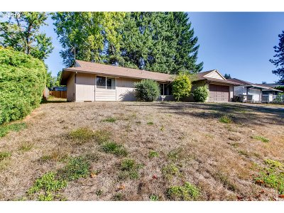 Tigard, Tualatin, Sherwood, Lake Oswego, Wilsonville Single Family Home For Sale: 10925 SW Mira Ct