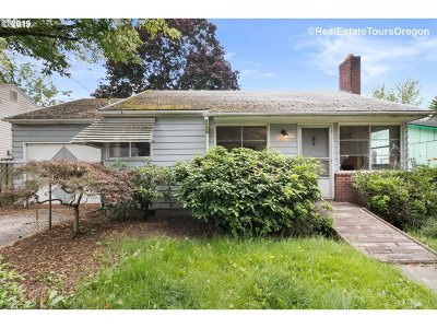 Single Family Home For Sale: 8815 N Haven Ave