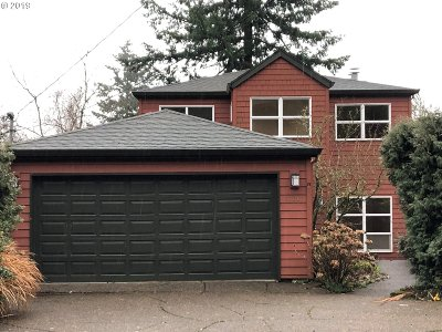 Portland Single Family Home For Sale: 3730 SW Grover St