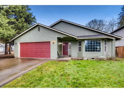 Multnomah County, Clackamas County, Washington County, Clark County, Cowlitz County Single Family Home For Sale: 4700 SE View Acres Rd