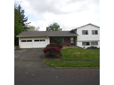Beaverton Single Family Home For Sale: 11175 SW Clifford St