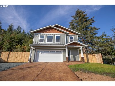 Coquille Single Family Home For Sale: 628 W 17th Pl