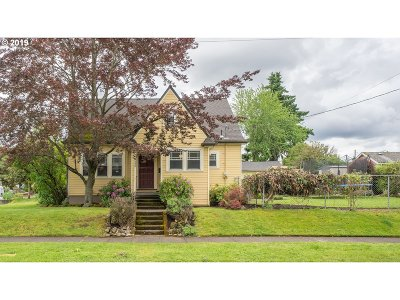 Portland Single Family Home For Sale: 6632 NE Stanton St