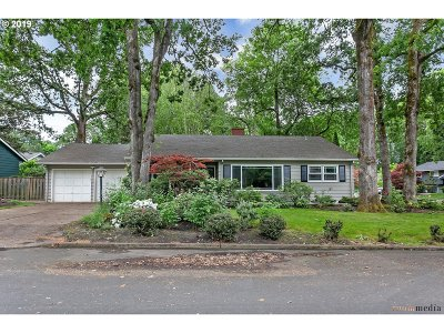 Portland Single Family Home For Sale: 13760 NW Pettygrove St
