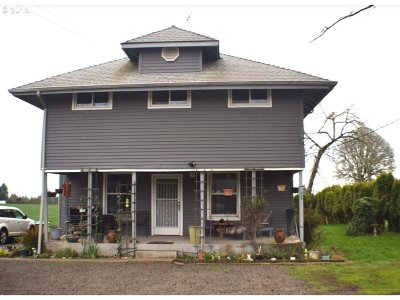 Forest Grove Single Family Home For Sale: 2355 Kingwood St