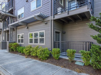 Beaverton Condo/Townhouse For Sale: 13895 SW Meridian St #124