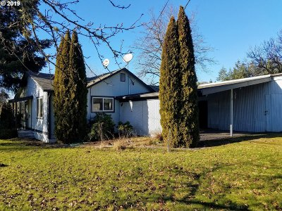 Gates Single Family Home Pending: 123 N Santiam Hwy
