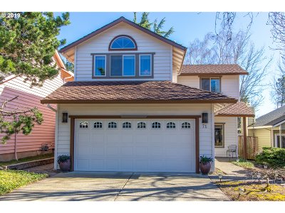 Lake Oswego Single Family Home For Sale: 71 Kingsgate Rd