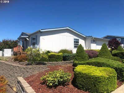 Coos Bay Single Family Home For Sale: 984 Plymouth Ave