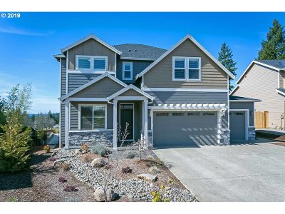 Happy Valley, Clackamas Single Family Home For Sale: 14012 SE Mountain Ridge Ct