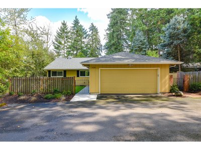 Beaverton Single Family Home For Sale: 7170 SW 27th Ct
