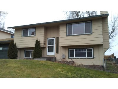 Pendleton Single Family Home For Sale: 3308 SW Ladow Ave