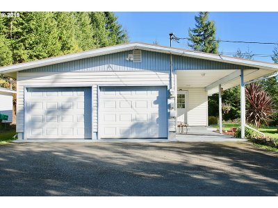 North Bend Single Family Home For Sale: 93711 Hollow Stump Ln