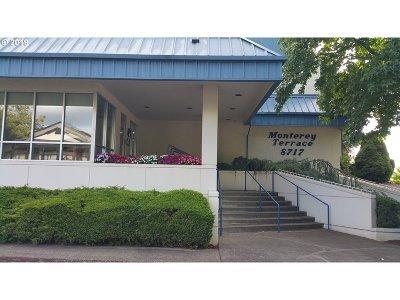 Happy Valley, Clackamas Condo/Townhouse For Sale: 8717 SE Monterey Ave #201