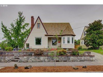 Portland Single Family Home For Sale: 1334 NE 51st Ave