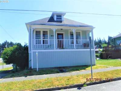 Coos Bay Single Family Home For Sale: 905 Ferguson