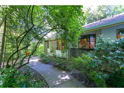 Portland Single Family Home For Sale: 5125 SW Dosch Rd