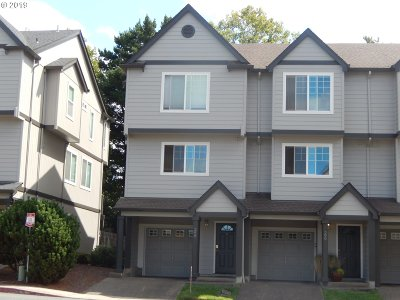 Beaverton, Aloha Condo/Townhouse For Sale: 298 NW 215th Ter