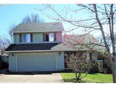 Forest Grove Single Family Home For Sale: 394 Farm Way