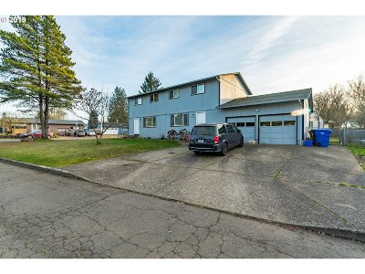 Oregon City, Beavercreek, Molalla, Mulino Multi Family Home For Sale: 13249 Wassail Ln