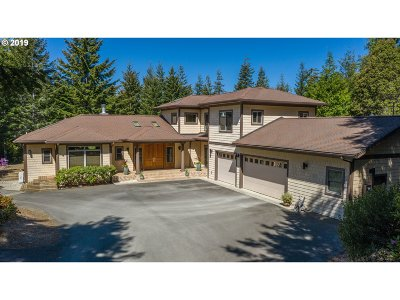 Bandon Single Family Home For Sale: 89568 Sunny Loop Ln