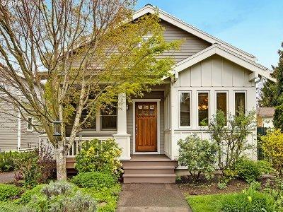 Condo/Townhouse For Sale: 7055 SE Clinton St