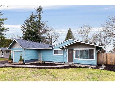 Single Family Home For Sale: 11923 NE San Rafael St
