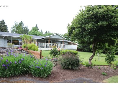 St. Helens Single Family Home For Sale: 32685 Pittsburg Rd