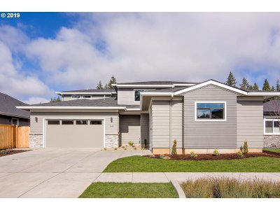 Eugene Single Family Home For Sale: 2149 Lathan Way