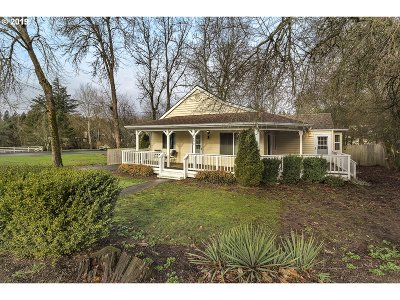 Portland Single Family Home For Sale: 7695 SW Taylors Ferry Rd