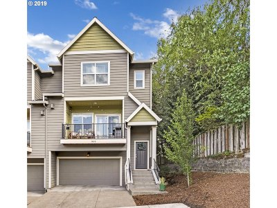 Beaverton Single Family Home For Sale: 9070 SW 157th Ave