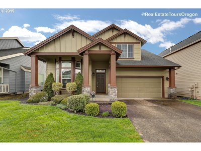 Newberg Single Family Home For Sale: 2529 Roger Smith Dr