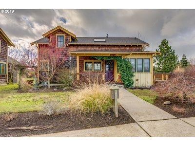 Single Family Home For Sale: 800 W Pond Dr