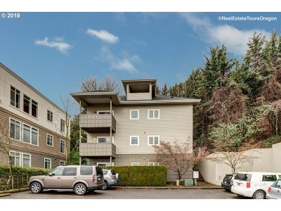 Portland OR Condo/Townhouse For Sale: $335,000