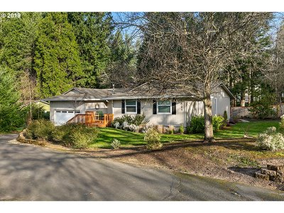 Multnomah County Single Family Home For Sale: 4623 SW 55th Pl