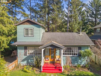Manzanita Single Family Home For Sale: 466 N Second St