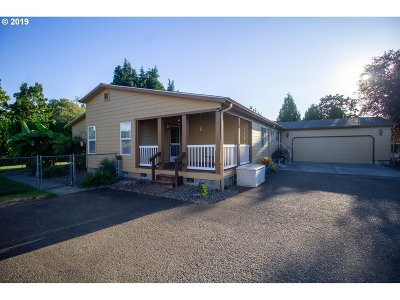 Canby Single Family Home For Sale: 1195 S Fir St