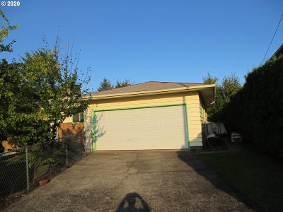 Portland Single Family Home For Sale: 3546 NE 121st Ave
