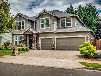 Newberg Single Family Home For Sale: 166 Royal Oak St