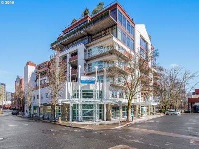 Portland Condo/Townhouse For Sale: 455 SW Hamilton Ct #602