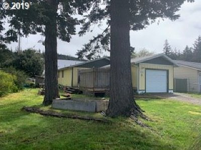 Port Orford Single Family Home For Sale: 2060 Washington St