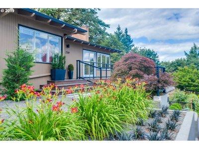 Portland Single Family Home For Sale: 2709 SW Patton Ct