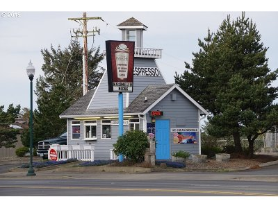 Lincoln City Commercial For Sale: 2015 NW Hwy 101