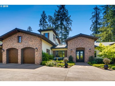 Newberg Single Family Home For Sale: 34854 NE Wilsonville Rd